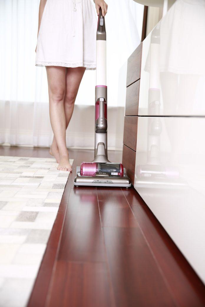 Jak zrobić domowy środek do czyszczenia podłóg?