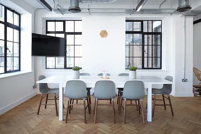 Jakie kupić meble Urządź swoje mieszkanie w nowoczesnym stylu